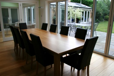 Extending Oak Dining Table.