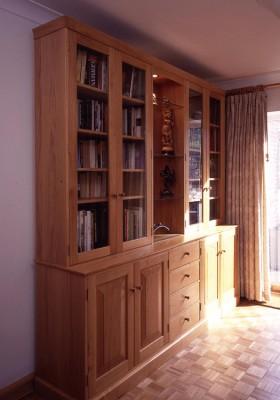 Oak Dresser cabinet.